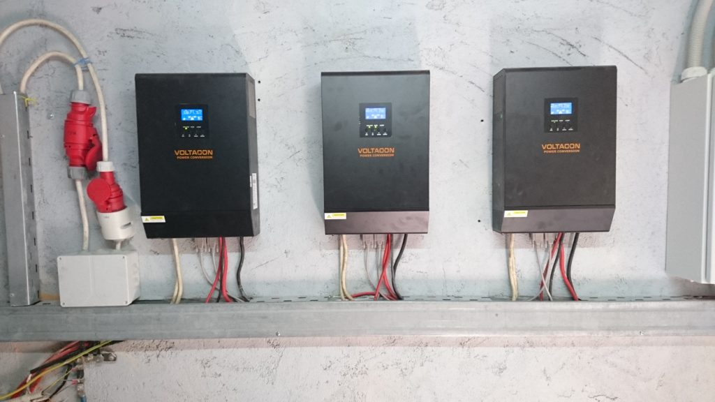Conversol 5kVA Inverters are connected in parallel. All three solar chargers are feeding power a single battery bank with OPzS Hoppecke blocs